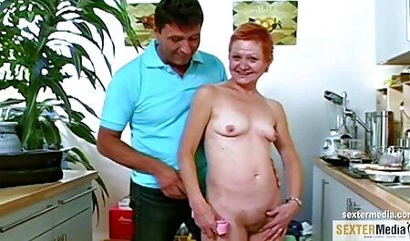 La regina del xxx animali gratis russo анала Alice accartoccia il culo della ragazza