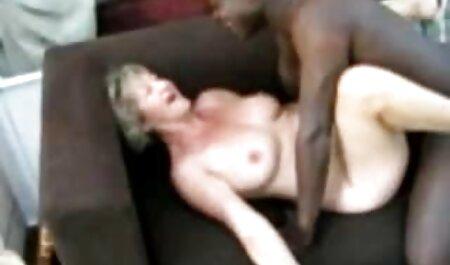Il giovane Partner si sveglia caut filme sexi procace mamma e arrosti il suo nel peloso crack