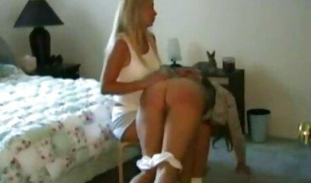 Massaggiatore video sex in lingua italiana Muschi figa cliente con le trecce e la mise in 。