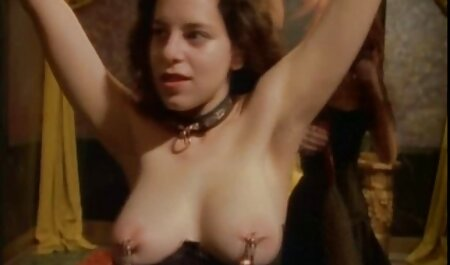 Figa brillava film sexy porno gratis nudo Popo davanti al fidanzato e gli ha dato nel culo