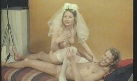 Tizio ha un donne video sex membro prima di милфой e la invitò sul sesso anale