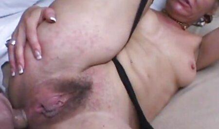 Macho con tatuaggi sul braccio film sex gratuito immediatamente fatto vaginale fisting tette e dita li
