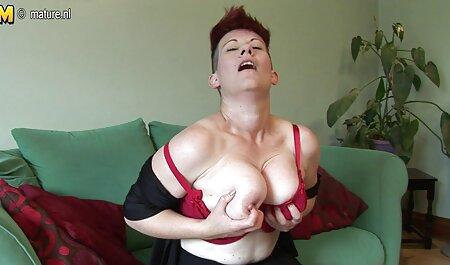 Bruna video sex bionde Vagina si siede sul cazzo dell'uomo dopo il massaggio