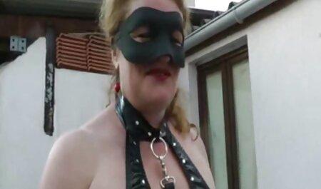 La ragazza trasforma il suo bottino in video amatoriali sex perizoma nero davanti a vebkameroy