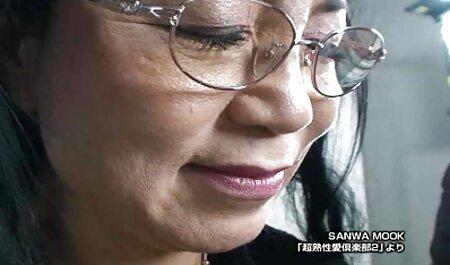 Occhiali rosa Minx inviato un punto sul sexi video amatoriali grande Riser