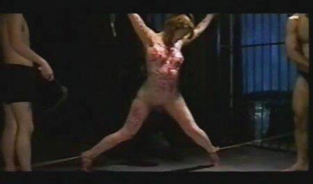 Seducente Latina con il giovane film porno con nadia mori