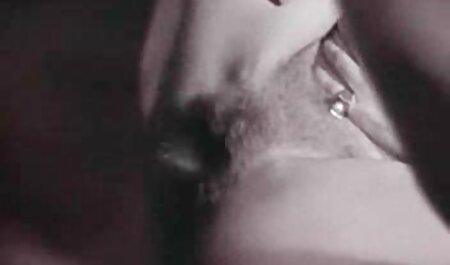 L'uomo ha dato al ragazzo una lezione la ragazza è stata video gratis donne sex fatta con esso